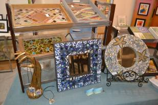 Mosaic crafts by Lori Manfra.